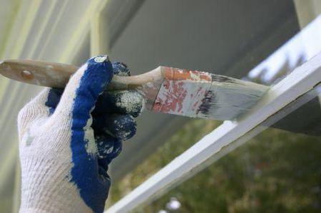 Фото - Алкідна фарба - що це таке? Фарба алкідна для зовнішніх робіт: особливості застосування, технологія нанесення та відгуки