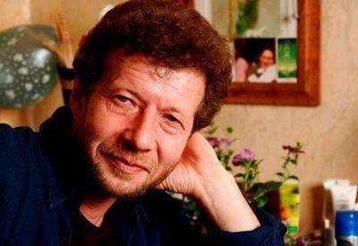Андрій Усачов. Біографія