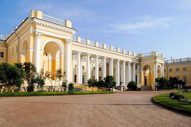 александровский палац у царському селі