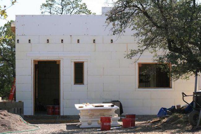 чим можна обробити фасад будинку