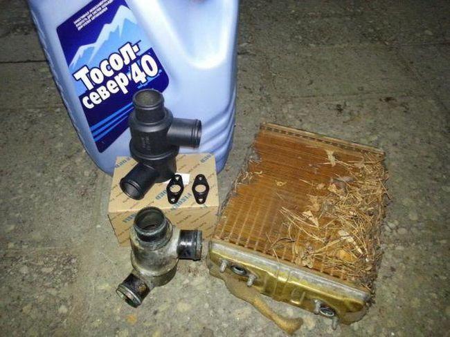 Забитий радіатор грубки ніж промити