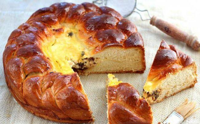 Змастити пиріг білком