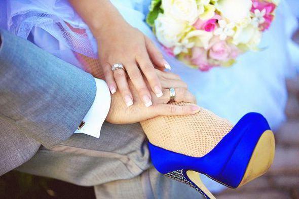 панчохи під весільне плаття