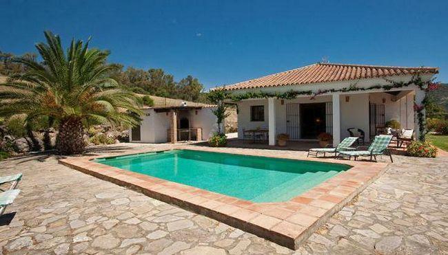 Фото - Будинки в Іспанії на березі моря: види, опис, вартість, відгуки