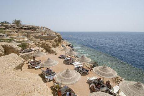 dreams beach resort 5