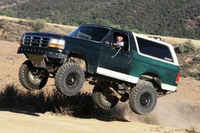 Фото - Ford Bronco: відгуки, фото, технічні характеристики