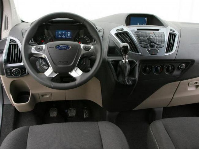ford tourneo custom відгуки