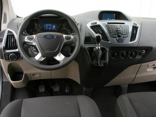 ford tourneo custom відгуки