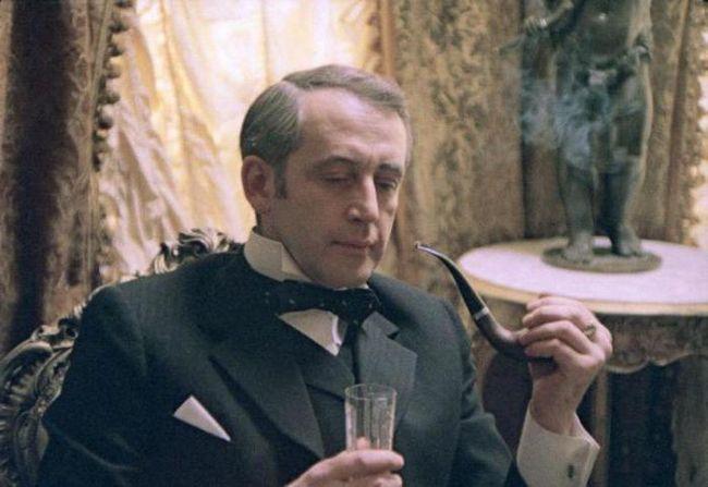 Шерлок Холмс літературний герой