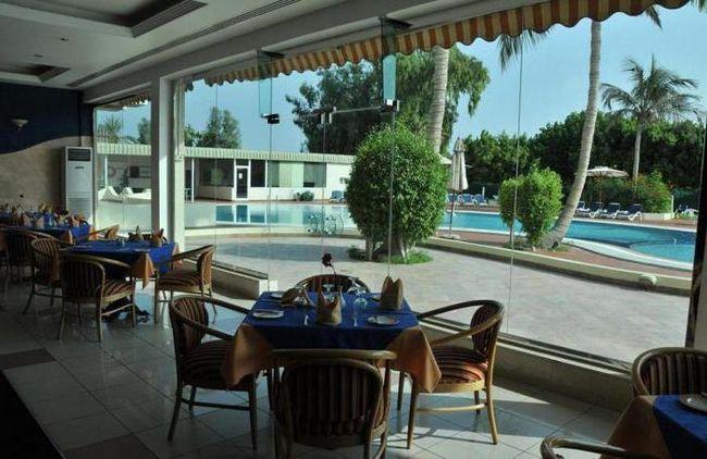 holiday international hotel sharjah 4