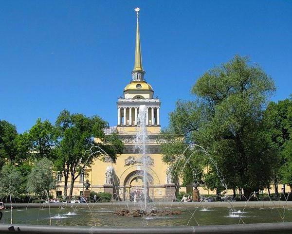 що входить в історичний центр санкт петербурга