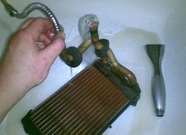 Як промити радіатор грубки