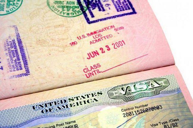 Фото - Як отримати американську візу самостійно в Москві і СПб? Як отримати американську туристичну візу?