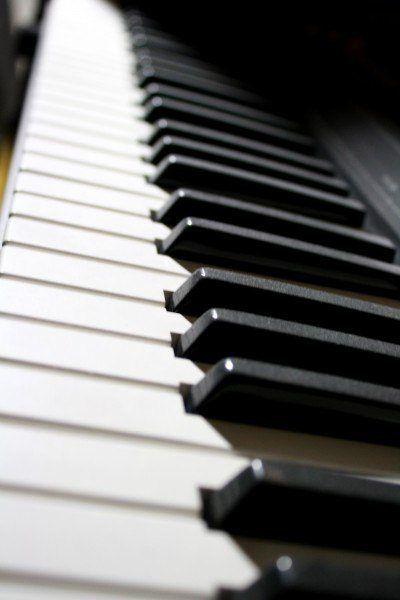 електронне піаніно casio