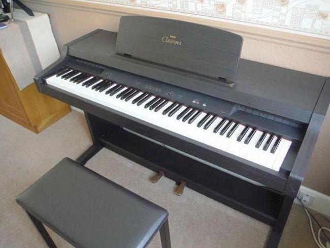 електронне цифрове піаніно