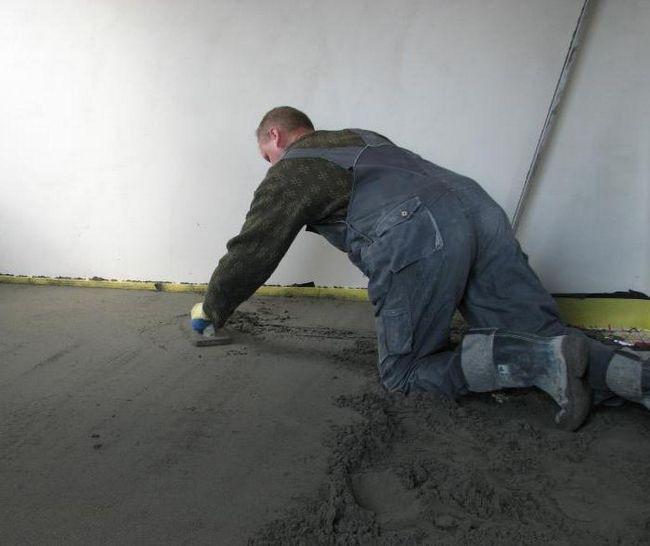 яка стяжка краще для теплої підлоги