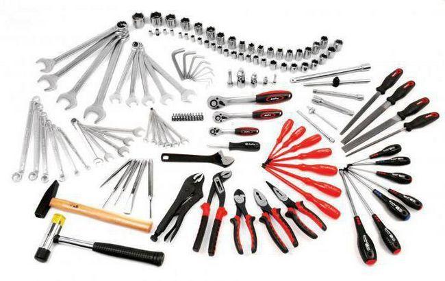 слюсарні інструменти