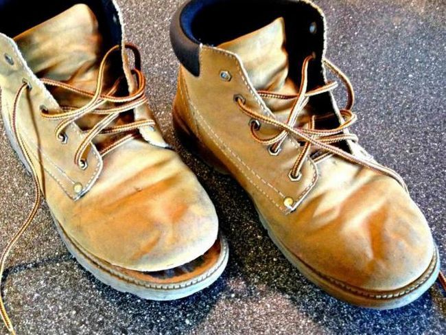 який клей для взуття краще