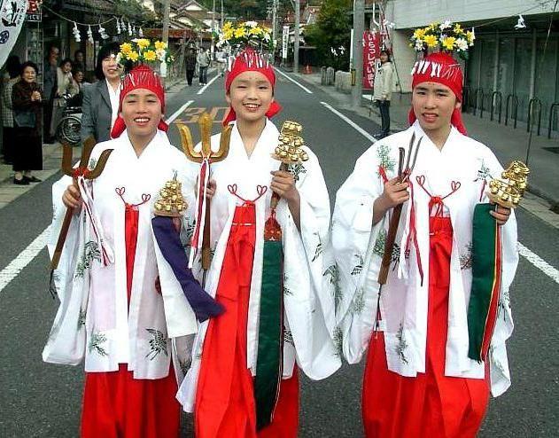 Як називається релігія японців