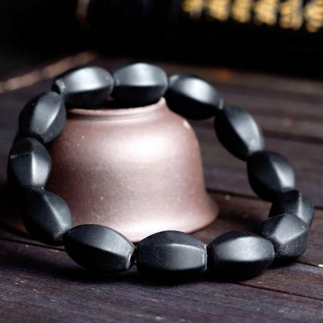 Фото - Камінь бяньші: корисні властивості і загальні відомості