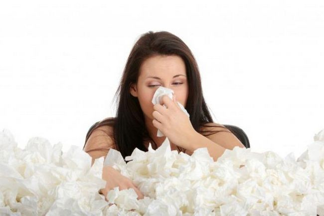 Фото - Краплі і спрей від алергічного риніту