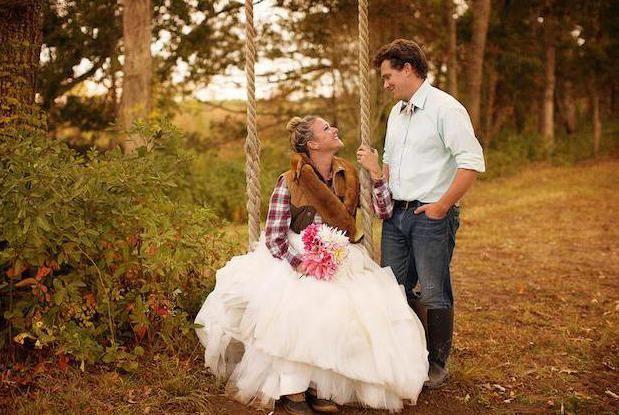 Фото - Красива весільна фотосесія восени: ідеї і пози