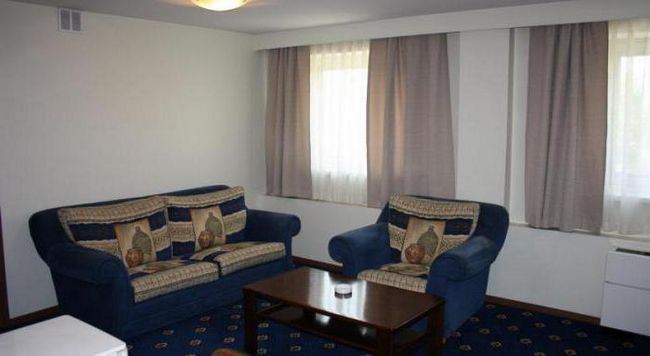 готелі южно Сахалінська