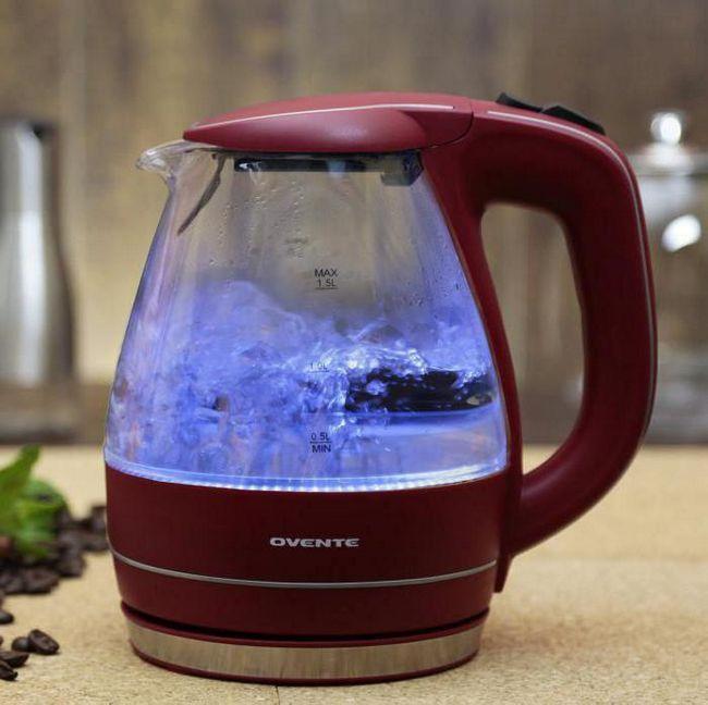 Який електричний чайник краще скляний або керамічний