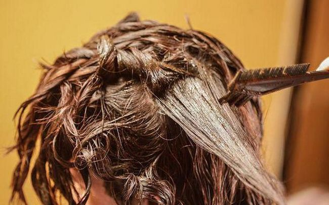 Фото - Чи можна фарбувати хною фарбоване волосся? Чи можна фарбувати безбарвною хною раніше пофарбовані фарбою волосся?