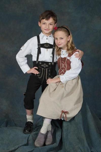 німецький національний костюм для дівчинки