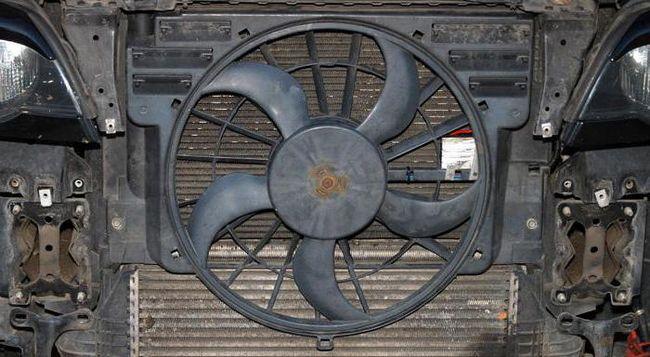 Не включається вентилятор охолоджування