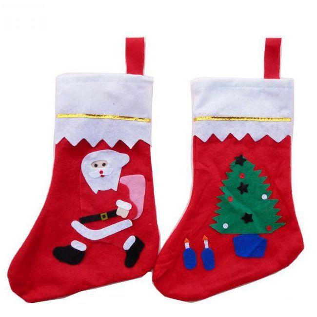 новорічні в'язані шкарпетки