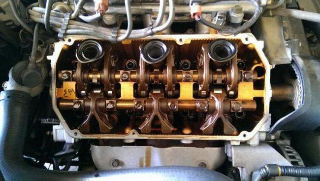 потрібно промивати двигун при заміні масла з синтетики на синтетику