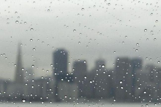 Що таке обложний і зливовий дощ