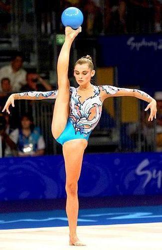 Фото - Олімпійська чемпіонка Юлія Барсукова: біографія переможниці та школа художньої гімнастики