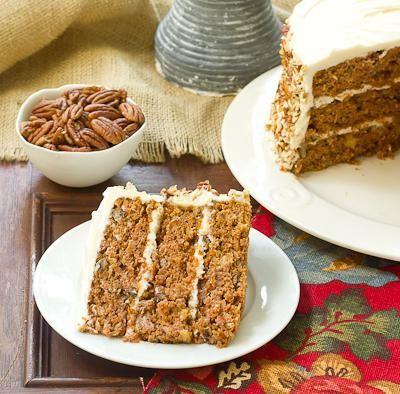 горіховий бісквітний торт