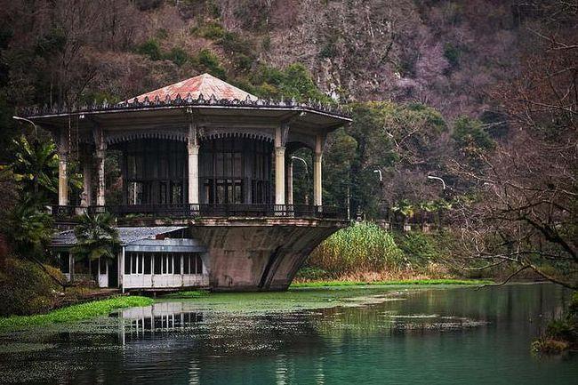 Відпочинок на новий рік в Абхазії