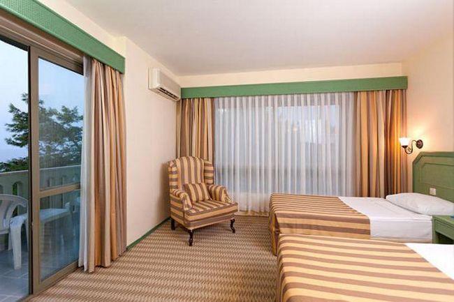 Інжекум вест готель 4 фото