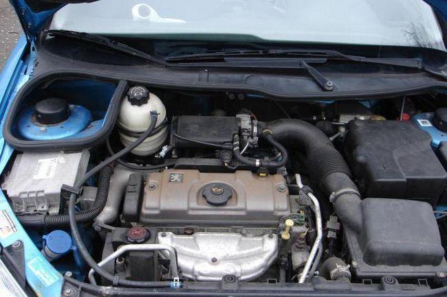 двигун пежо 206