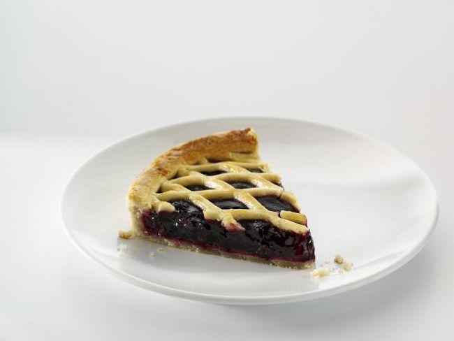 сирний пиріг зі смородиною в мультиварки