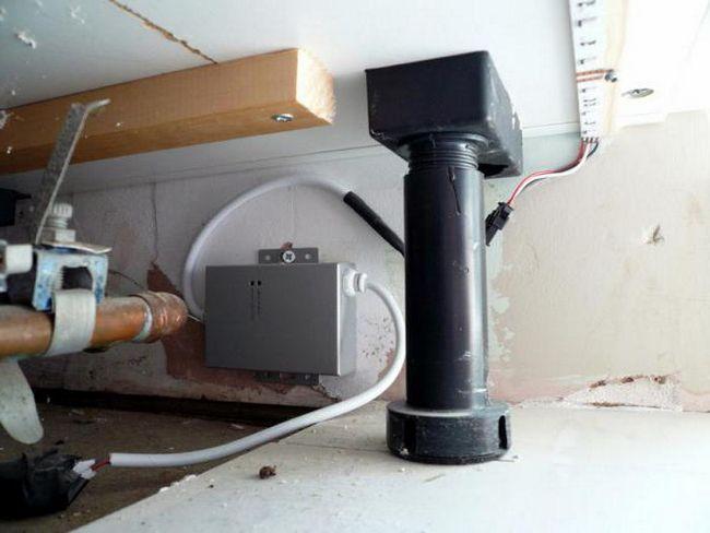 Підсвічування для кухні під шафи з розеткою