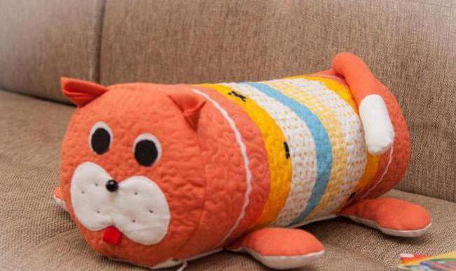 зшити подушку-іграшку своїми руками