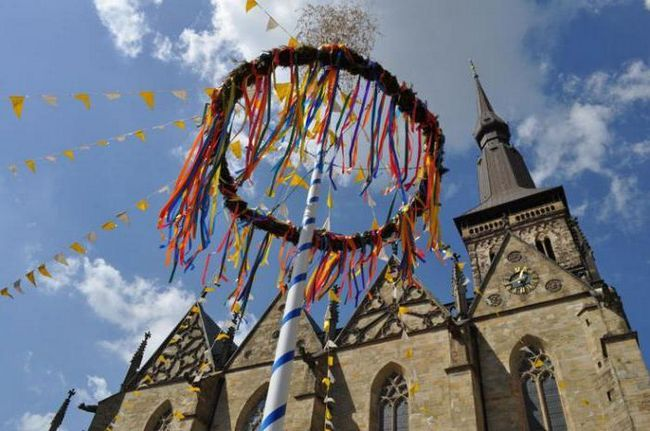 14 травня свято в європі