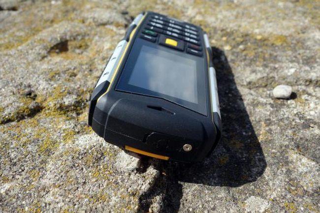 Фото - Протиударні телефони Texet: огляд, моделі, характеристики та відгуки