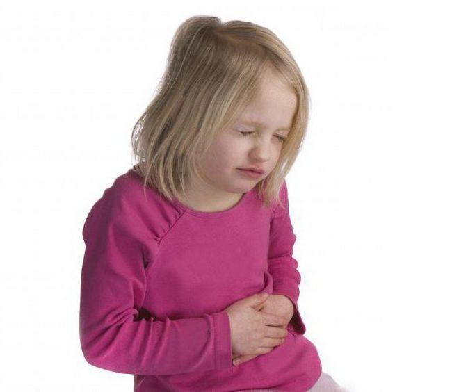 дитини нудить температури немає