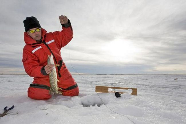 риболовля на червоноперку в Примор'я
