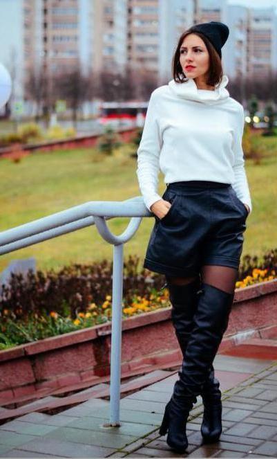З чим носити чорні ботфорти на підборах