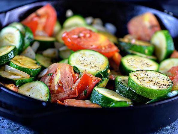 з чим приготувати кабачки в духовці