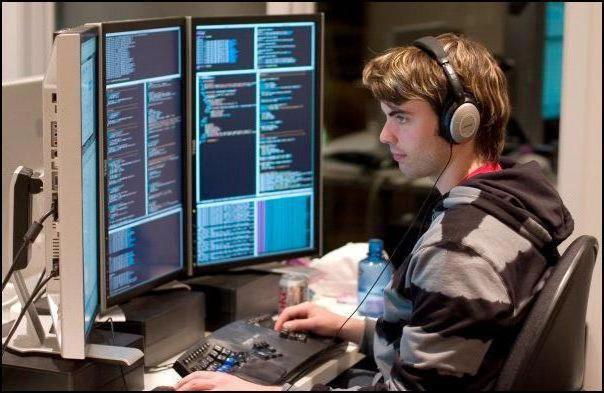скільки отримують програмісти в москві