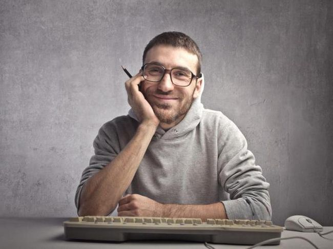 скільки отримують техніки програмісти